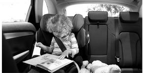 10 фатальных ошибок при перевозке детей в автомобиле.